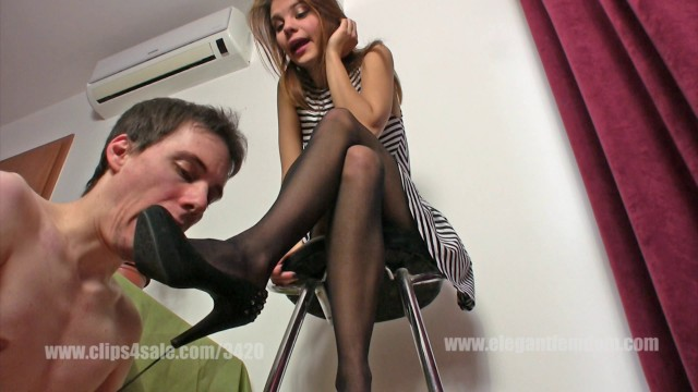 Elegant Femdom - Mistress Lucy - Shoe licking before date