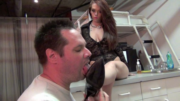 DomNation - Days End Foot Cleaning Starring Mistress Ryan