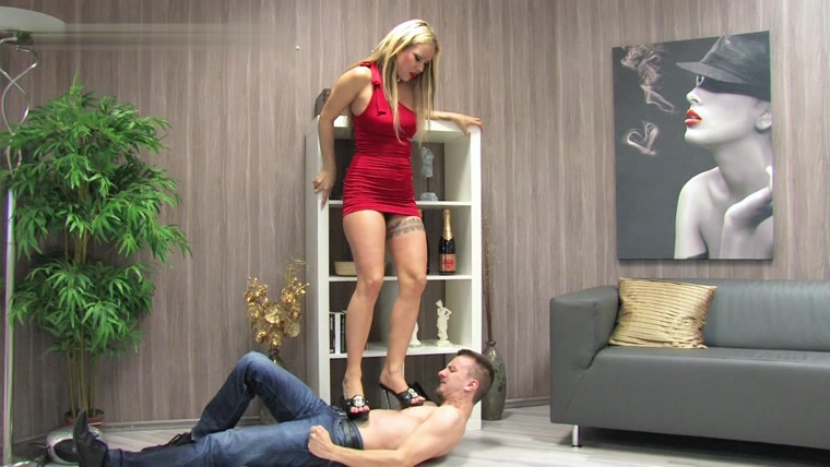 Lady Sue – This slave gets some tough trampling!