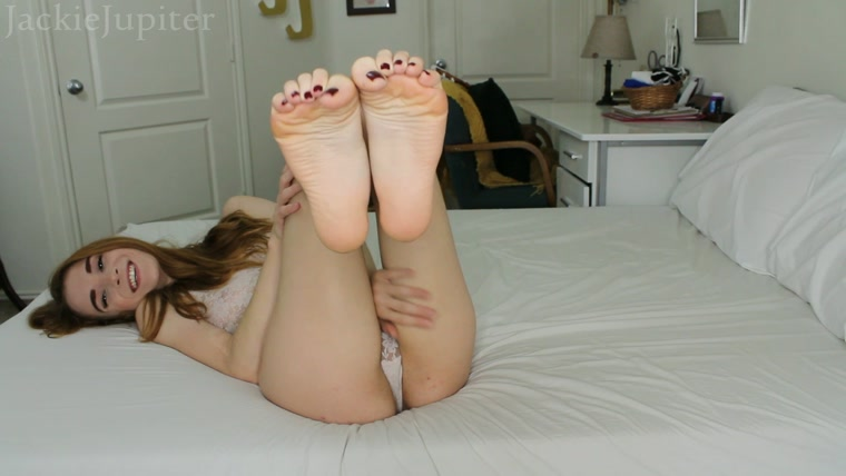 Jackie Jupiter - Sweetheart Foot Worship