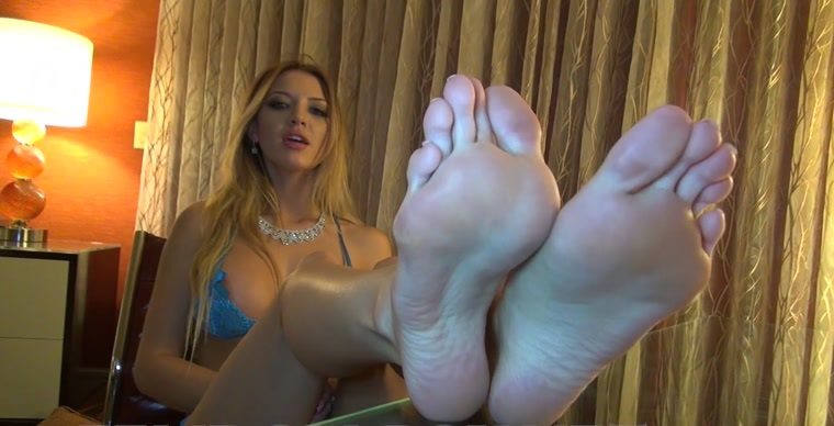Crystal Knight - FinDom, Feet, and JOI Game
