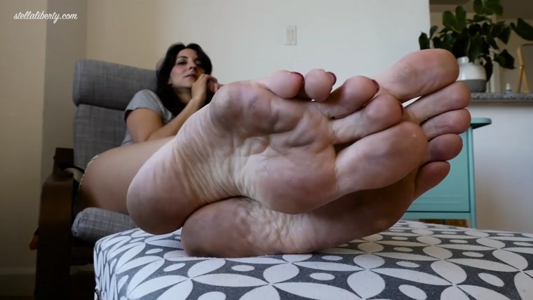 Stella Liberty - Filthy Feet of the Girl Next Door