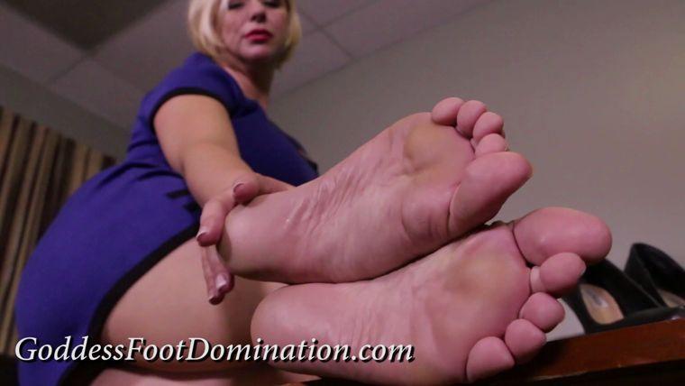 Amateur Teen Foot Fetish