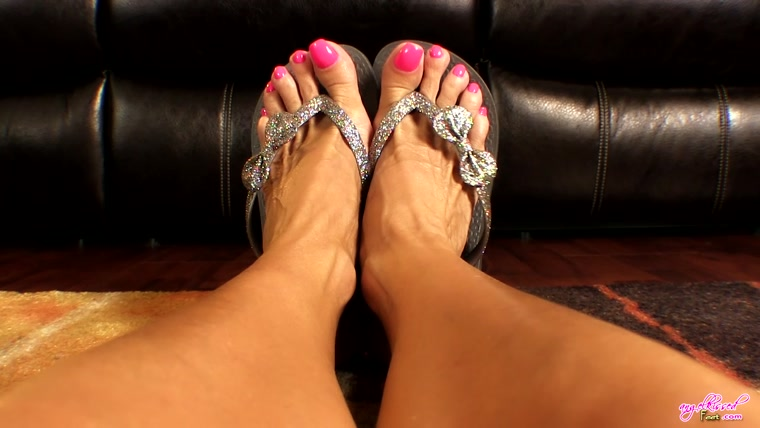 Erotic Nikki - StepMom's Teasing Feet