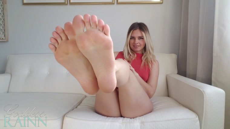 Goddess Rainn - No More Pussy, Only Feet