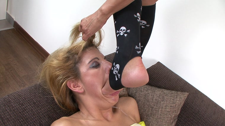 Movie sexy deep throat foot worship girls pochepa