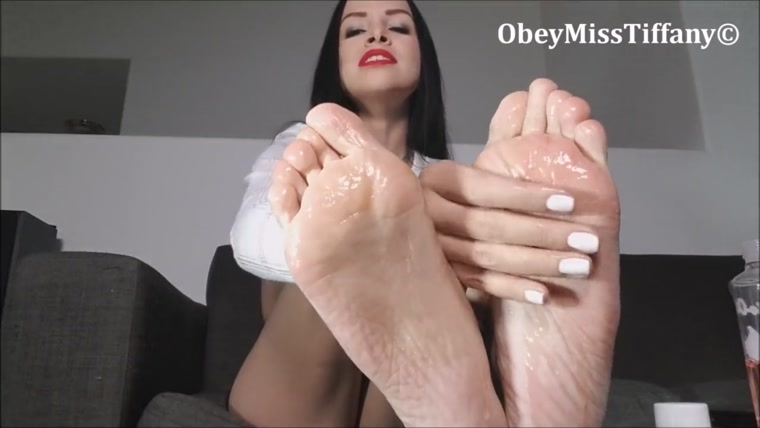 Obey Miss Tiffany - JOI oily feet