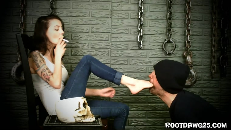 Rootdawg25 - Mistress Zui - Lick My Dirty Feet