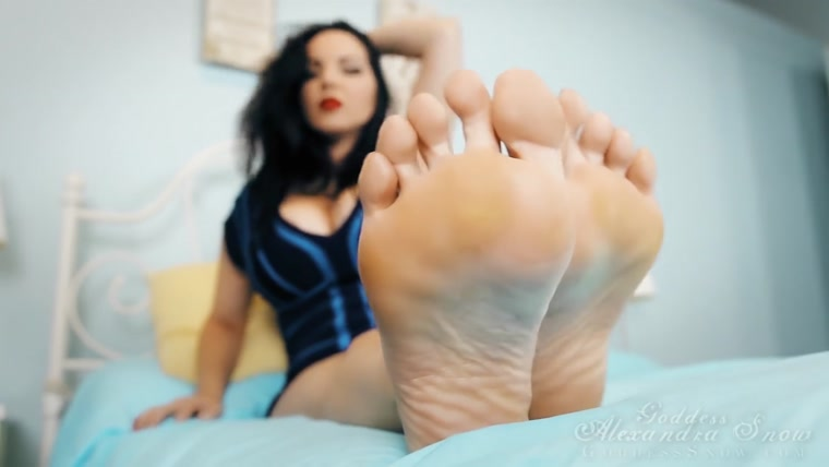 Goddess Alexandra Snow - More Feet, More