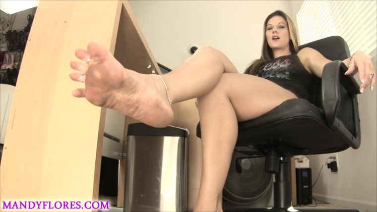 Mandy Flores - Dirty Foot Licker