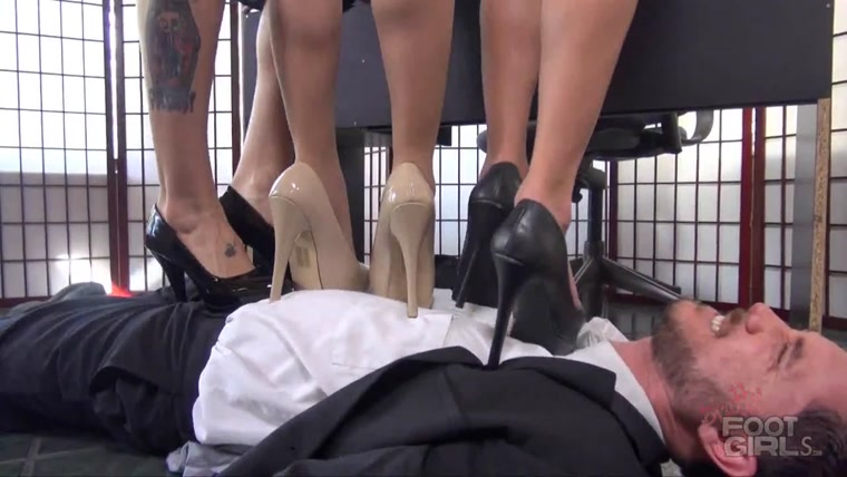 Bratty Foot Girls - Ginary, Ashley Graham, Bailey Paige - The Wall St Bullies pt 2 - Heel trampling