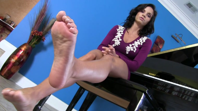 Ashley Sinclair - Grovel At My Feet