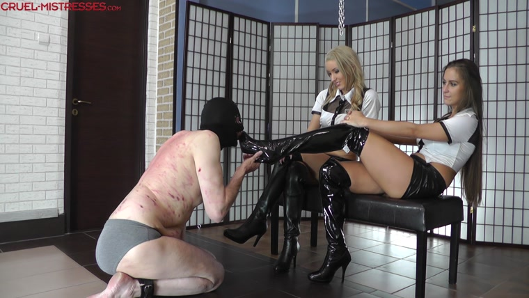 EROTIC DOMMES - Trampling with clean boots