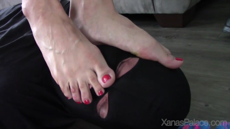 Foot Slavery Under Goddess Tangents Boots