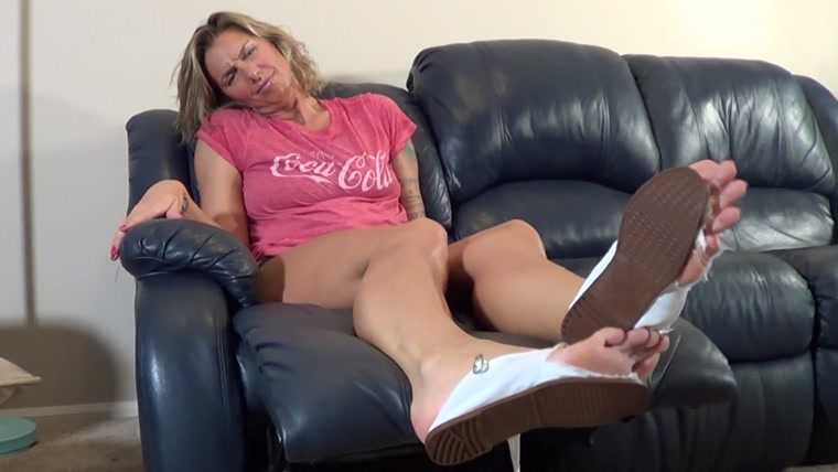 Mikayla Miles - Shoe Busting