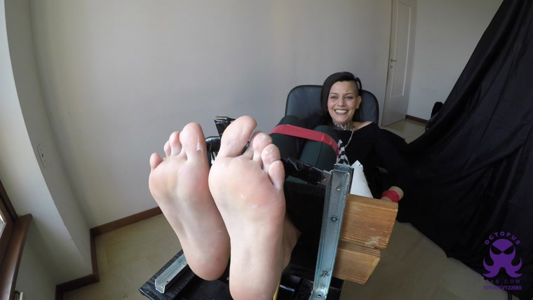 Octopus - First Time Eve - Feet in the Stocks - Soft and Ticklish Size 9
