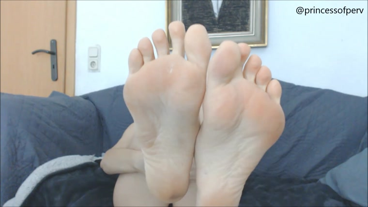 Lydia Frost - Captivated by my feet