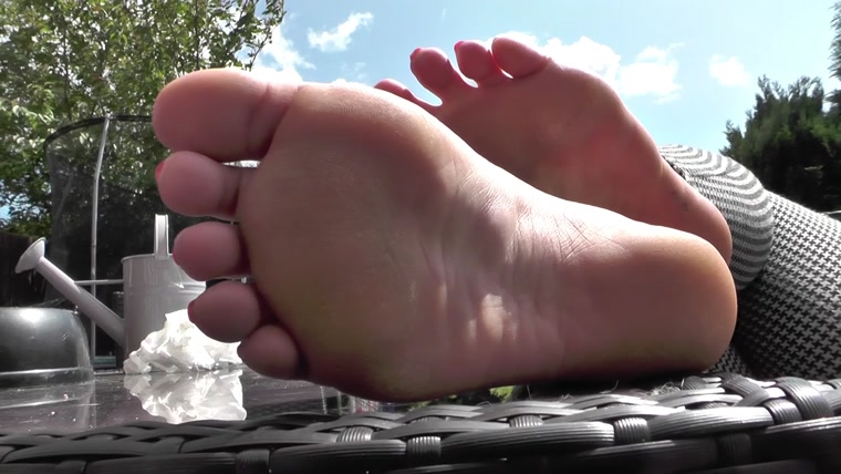 Jem Jewel Productions - Summer Feet
