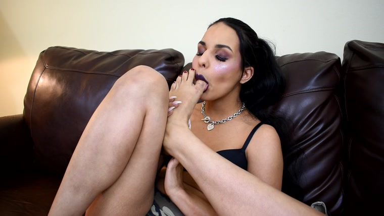 Mandy Candy - I Can Lick Them Better