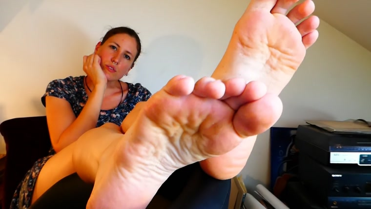 SWEATY SOCKS AND FEET WORSHIP POV