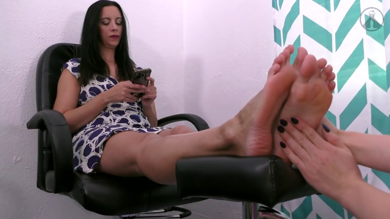 Terras Temptations - Kerri Taylor - Ticklish foot massage