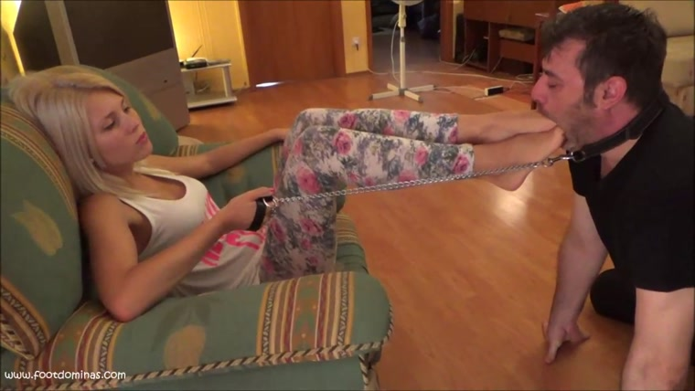 Gabriella - Hard Foot And Footdom