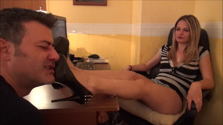 Natalie - Princess Next Door - Shoe Worship And Domination