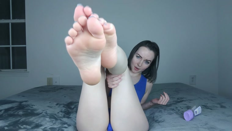 Oily Thigh, Booty, and Soles Worship