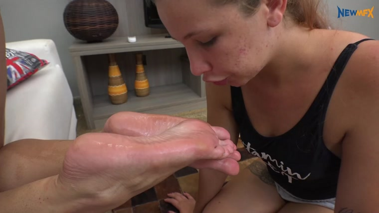 Newmfx - Delicious slippers, amazing feet