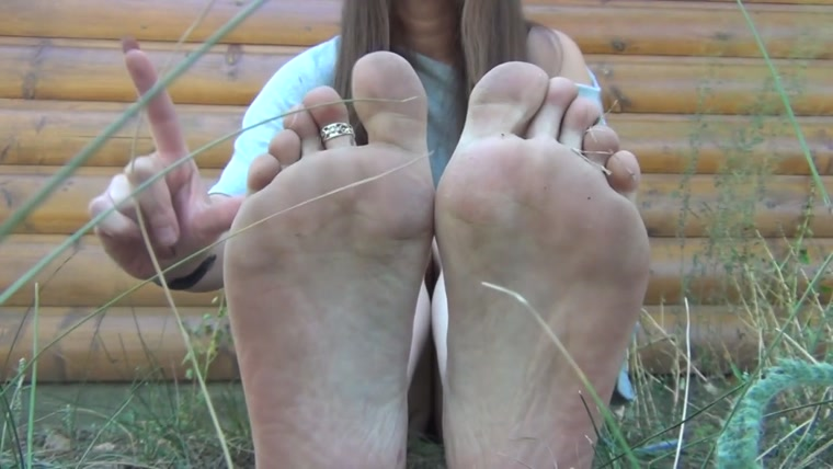 Goddess Dia Lynn - Lick My Dirty Boots And Feet Clean