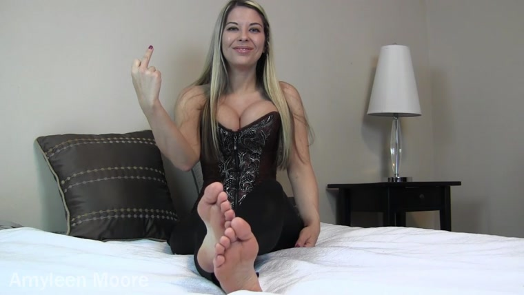 Amyleen Moore - Foot worship failure
