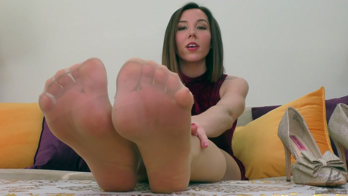 Janira Wolfe - My Feet Decide your Fate