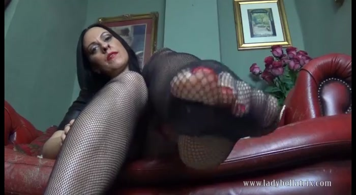 Lady Bellatrix - Fishnet Foot Worship POV