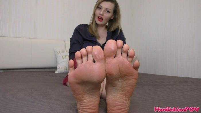 Miss Honey Barefeet - Home Wrecking Feet, Beg Them To Ruin Your Marriage Sucker