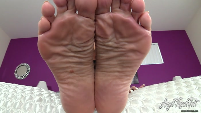 Erotic Nikki - Masturbate For Aunt Nikki's Feet