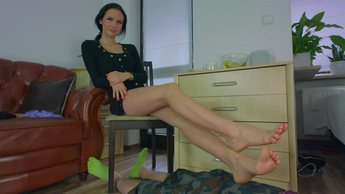 Polish Mistress - Goddess Eliza - Nylon Seduce Show Of Eliza - Part 01