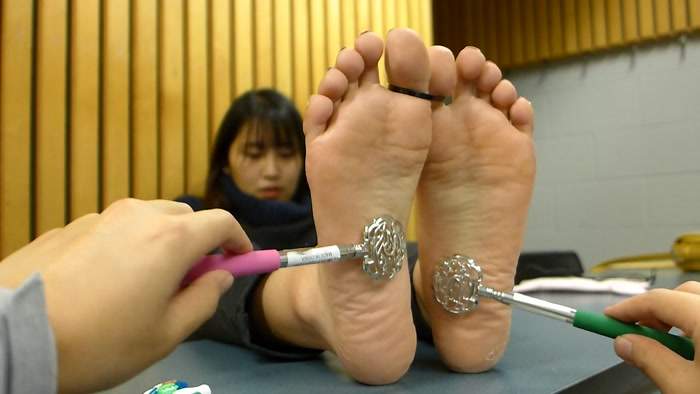 Asian Sole Domination – moyo ticklish japanese size 7.5 soles