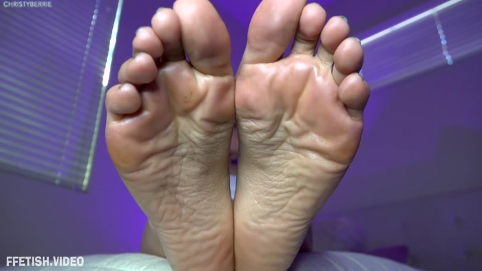 Christy Berrie – Sweaty Foot Slave