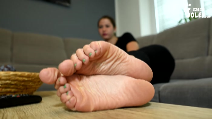 Czech Soles - College girl plays video games as her feet get worshiped