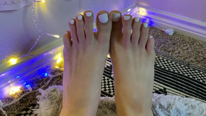 the goddess clue - Look at my pretty new pedi