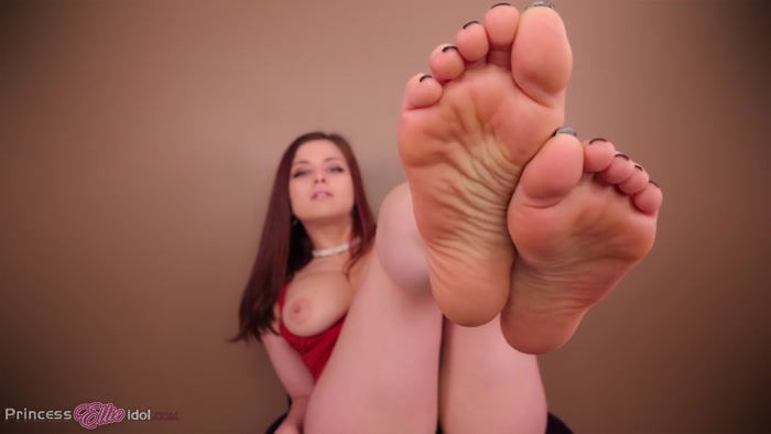 Princess Ellie Idol - EVIL STEPMOM FOOT DOMINATES YOU FOR INHERITANCE MONEY