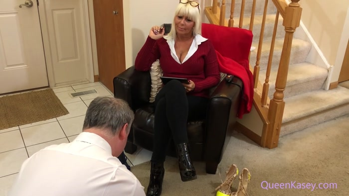 QUEEN KASEY - Court Ordered Foot Fetish Evaluation