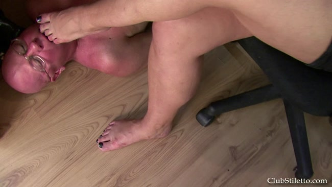 Samantha's Office Foot BITCH