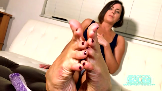 Space City Soles Clips - Blow your Load for These Toes - Helena Price