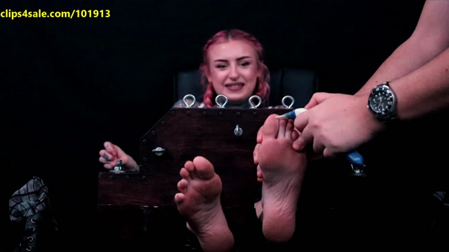 Random Sole Encounters – Uber Driver's 1st Time Tickle Torture